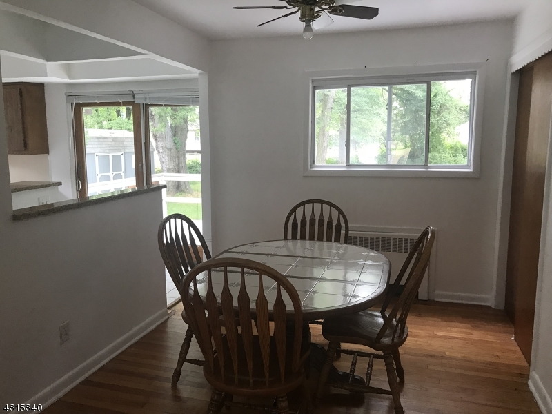 Additional photo for property listing at 4 GRACE Court  Fairfield, New Jersey 07004 Amerika Birleşik Devletleri