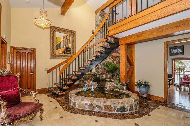 獨棟家庭住宅 為 出售 在 28 ALLERTON Road Clinton, 新澤西州 08833 美國