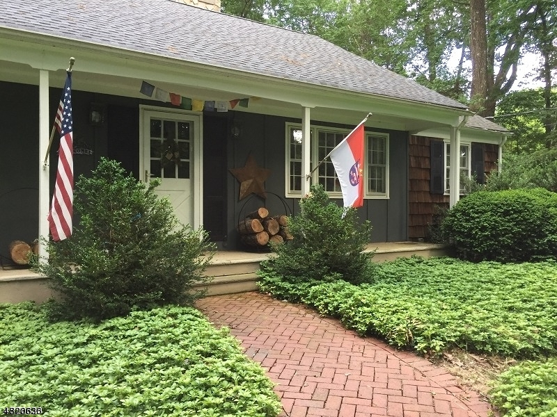 Maison unifamiliale pour l à louer à 45 STONY BROOK Road Montville, New Jersey 07045 États-Unis