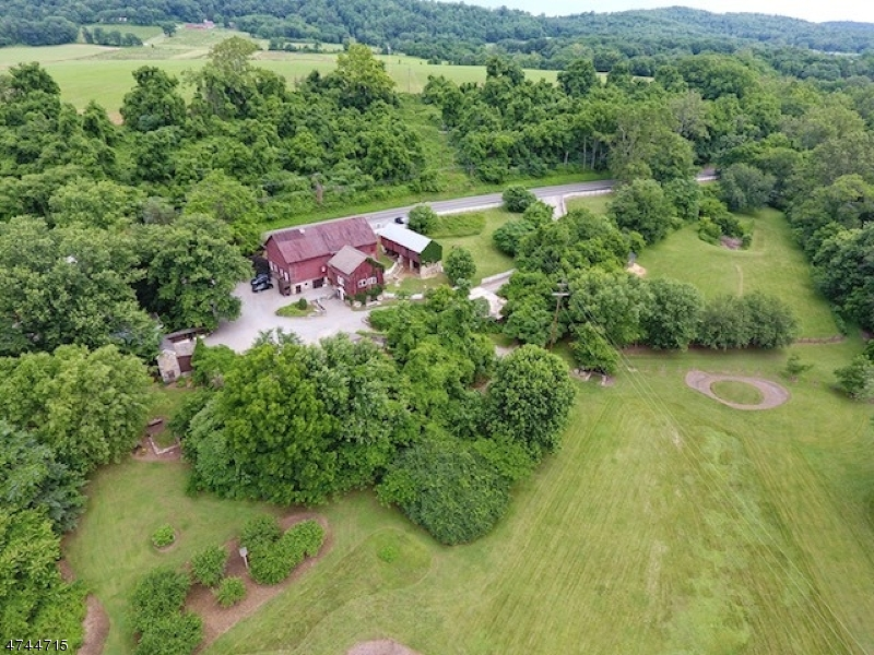 Single Family Home for Sale at 112 COUNTY ROUTE 627 112 COUNTY ROUTE 627 Pohatcong Township, New Jersey 08865 United States