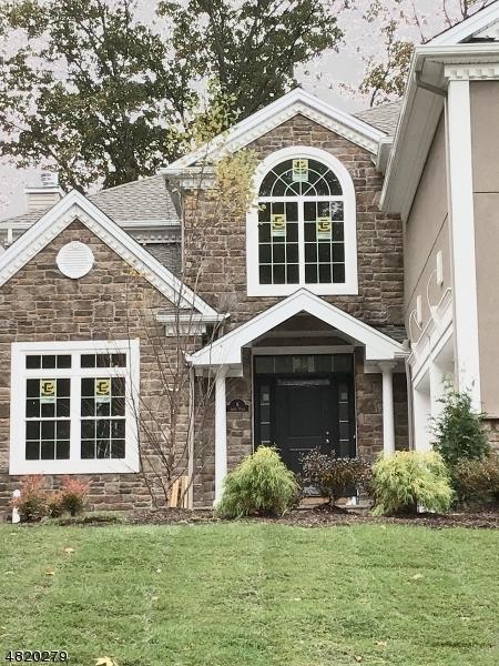 Enfamiljshus för Försäljning vid 6 JARED Place Mount Olive, New Jersey 07828 Usa