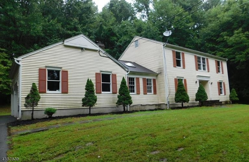 Single Family Home for Sale at 52 QUENBY MOUNTAIN Road Liberty Township, New Jersey 07838 United States
