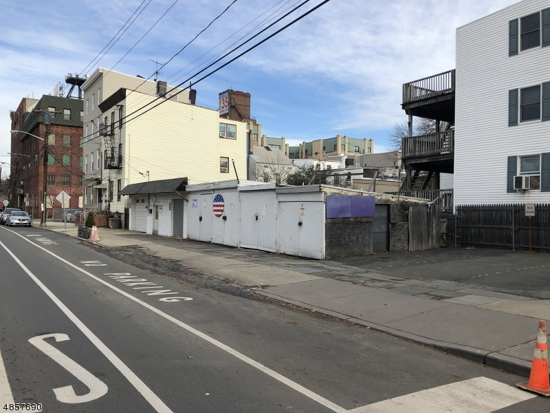 Commercial for Sale at 352 PAVONIA Avenue Jersey City, New Jersey 07302 United States