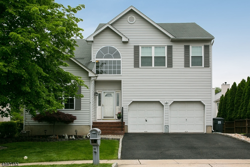 Single Family Home for Sale at Bridgewater, New Jersey 08807 United States