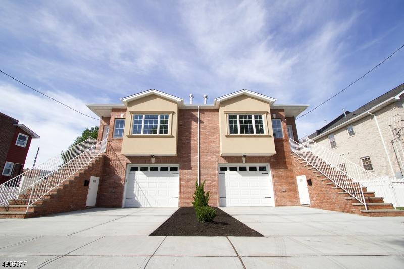Condo / Townhouse pour l Vente à Lyndhurst, New Jersey 07071 États-Unis