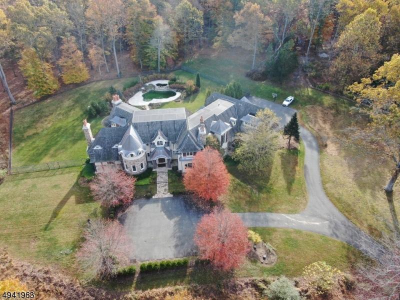Single Family Homes för Försäljning vid Peapack Gladstone, New Jersey 07931 Förenta staterna