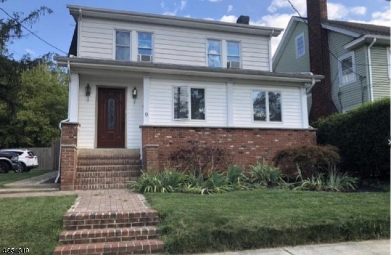 Single Family Homes por un Venta en Matawan, Nueva Jersey 07747 Estados Unidos