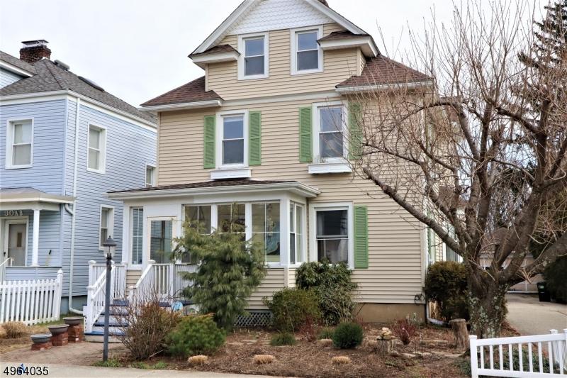 Single Family Homes vì Bán tại Dover Township, New Jersey 07801 Hoa Kỳ