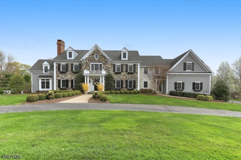 Single Family Homes vì Bán tại Tewksbury Township, New Jersey 08833 Hoa Kỳ