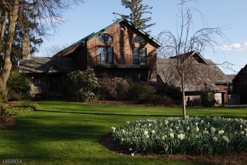 Single Family Homes per Vendita alle ore Sparta, New Jersey 07871 Stati Uniti