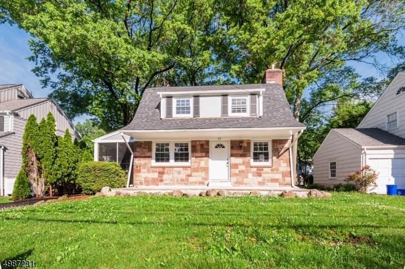 Single Family Homes 为 销售 在 蒙特克莱尔, 新泽西州 07043 美国