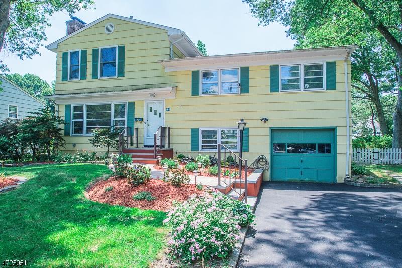 Property 为 销售 在 蒙特克莱尔, 新泽西州 07043 美国