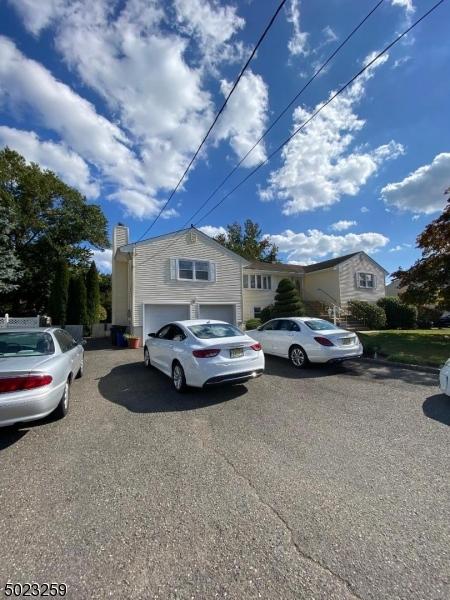 Single Family Homes للـ Sale في Fairfield, New Jersey 07004 United States