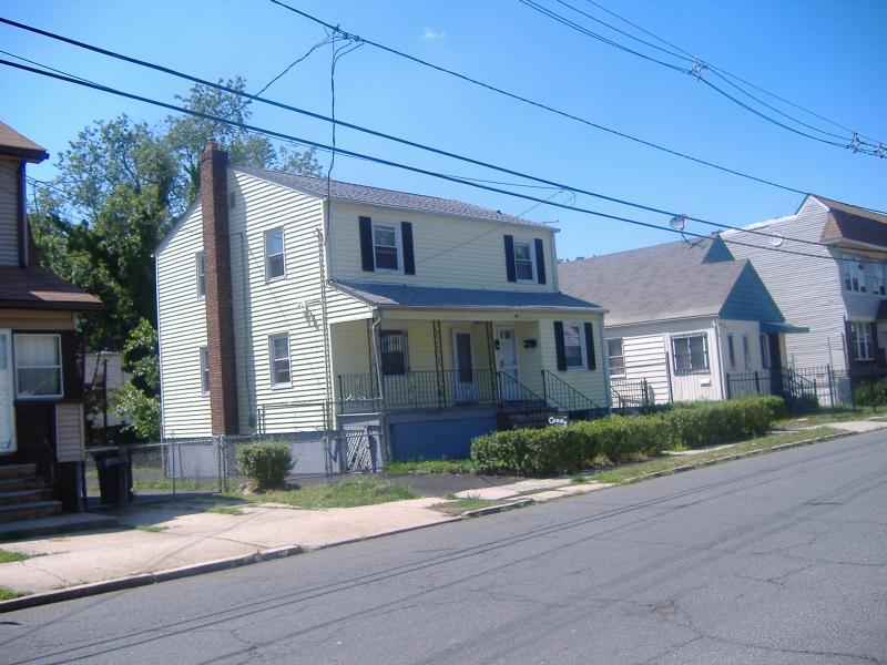 Additional photo for property listing at 39 CHESTNUT Avenue  Irvington, New Jersey 07111 United States