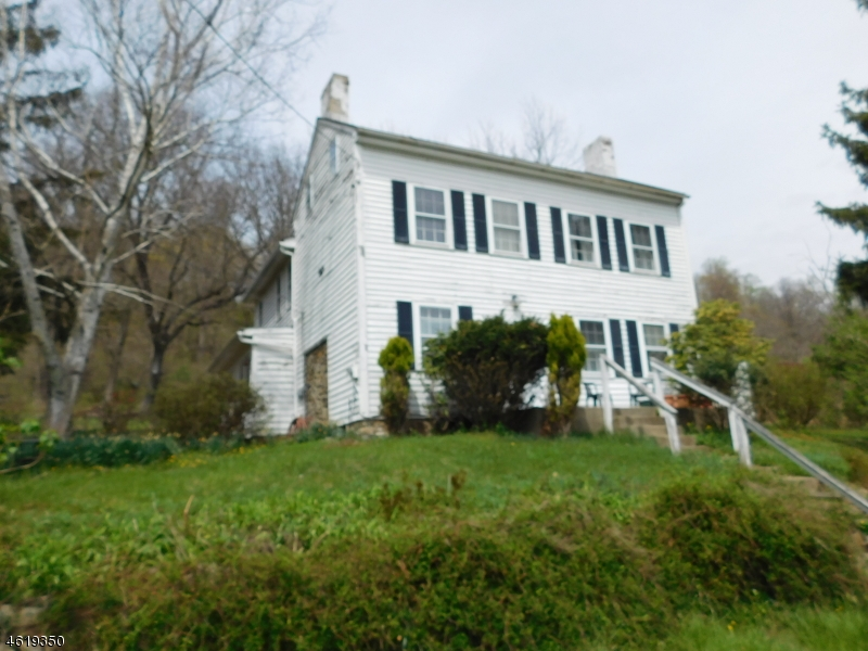 Additional photo for property listing at 27 Amsterdam Road  Milford, Nueva Jersey 08848 Estados Unidos