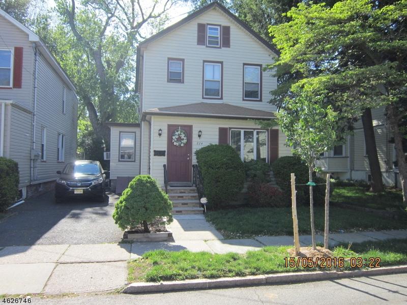 Maison unifamiliale pour l Vente à 224 Spruce Street Bloomfield, New Jersey 07003 États-Unis