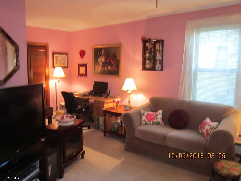Additional photo for property listing at 224 Spruce Street  Bloomfield, New Jersey 07003 États-Unis
