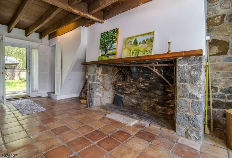 Additional photo for property listing at 54 Lincoln Laurel Road  Blairstown, New Jersey 07825 États-Unis