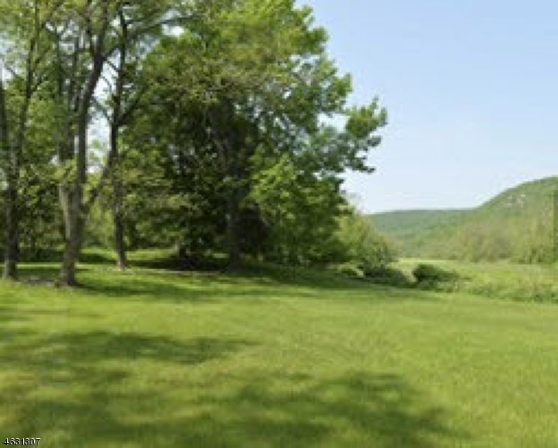 Additional photo for property listing at 730 Ramapo Valley Road  Mahwah, Нью-Джерси 07430 Соединенные Штаты
