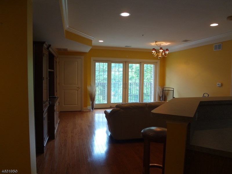 Additional photo for property listing at 54 Polifly Road  Hackensack, New Jersey 07601 United States