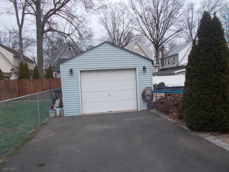 Additional photo for property listing at 485 Grove Street  Rahway, New Jersey 07065 United States
