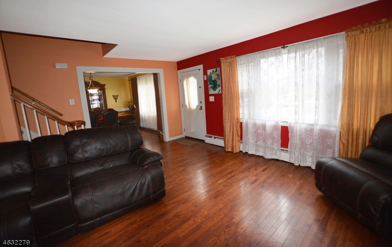 Additional photo for property listing at 1059 Sussex Tpke  Randolph, New Jersey 07869 États-Unis