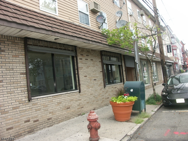 Additional photo for property listing at 248-254 FERRY Street  Newark, New Jersey 07105 États-Unis