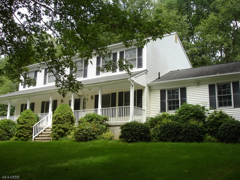 Additional photo for property listing at 17 Trade Winds Drive  Randolph, New Jersey 07869 États-Unis