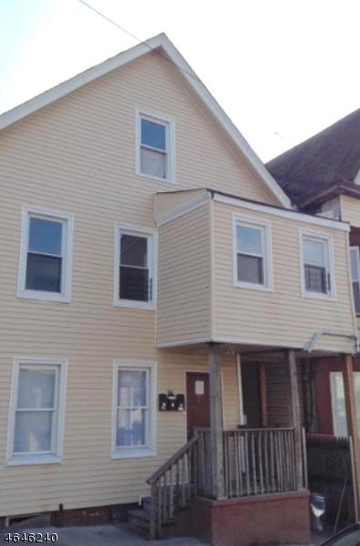 Многосемейный дом для того Продажа на 66 N 7th Street Paterson, Нью-Джерси 07522 Соединенные Штаты