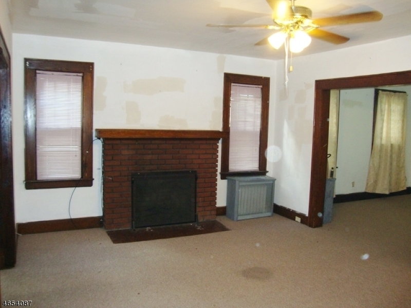 Additional photo for property listing at 368 Elmwood Avenue  East Orange, New Jersey 07018 United States