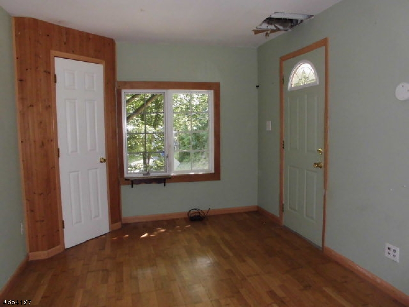 Additional photo for property listing at 48 Big Spring Road  Franklin, Nueva Jersey 07416 Estados Unidos