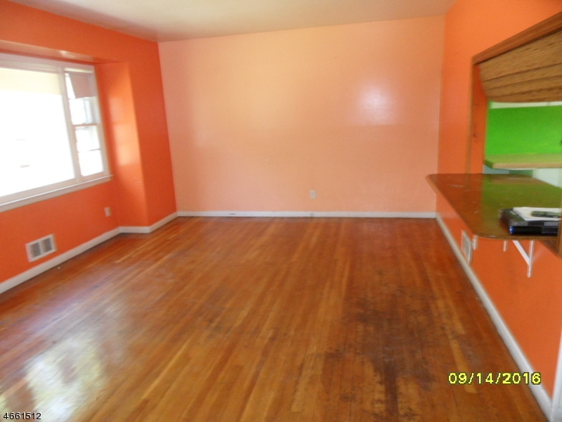 Additional photo for property listing at Address Not Available  Plainfield, Nueva Jersey 07062 Estados Unidos