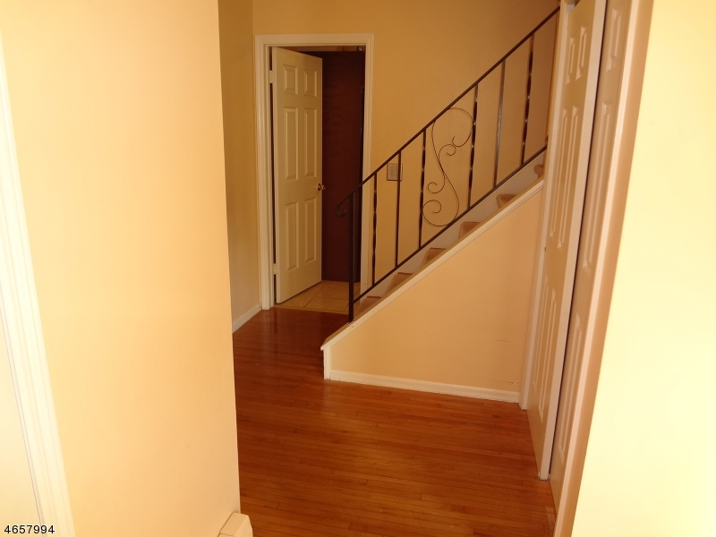 Additional photo for property listing at 1 Colby Court  Lincoln Park, New Jersey 07035 United States