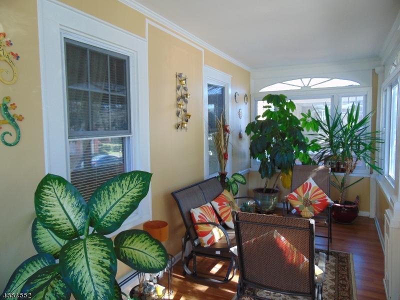 Additional photo for property listing at 85 Myrtle Avenue  Dover, Nueva Jersey 07801 Estados Unidos
