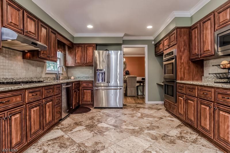 Частный односемейный дом для того Аренда на 25 VAN DORN Road Basking Ridge, 07920 Соединенные Штаты