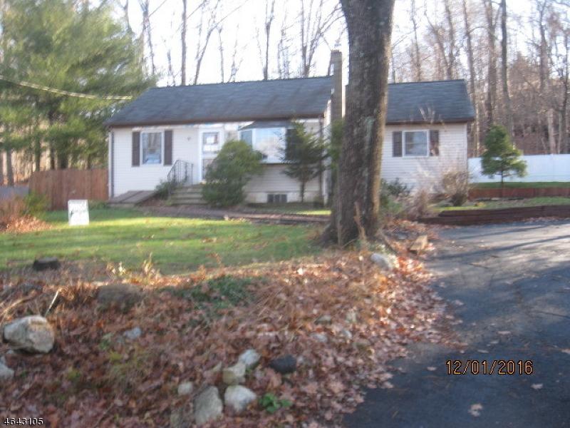 Maison unifamiliale pour l Vente à 91 Prospect Point Road Lake Hopatcong, New Jersey 07849 États-Unis