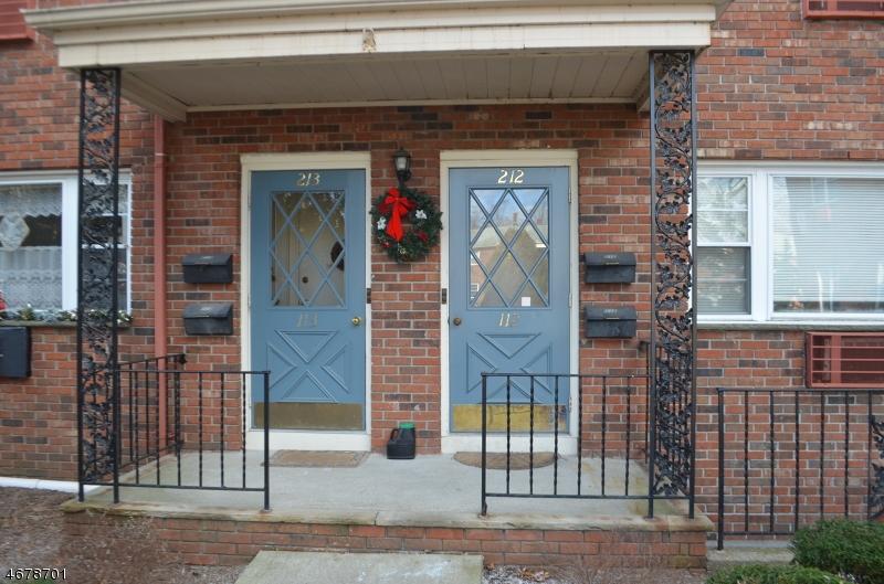 独户住宅 为 出租 在 422 RINGWOOD AVE -C212 朋普顿雷克, 新泽西州 07442 美国