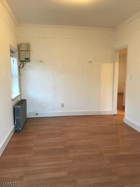 Maison unifamiliale pour l à louer à 275 S Main Street Manville, New Jersey 08835 États-Unis