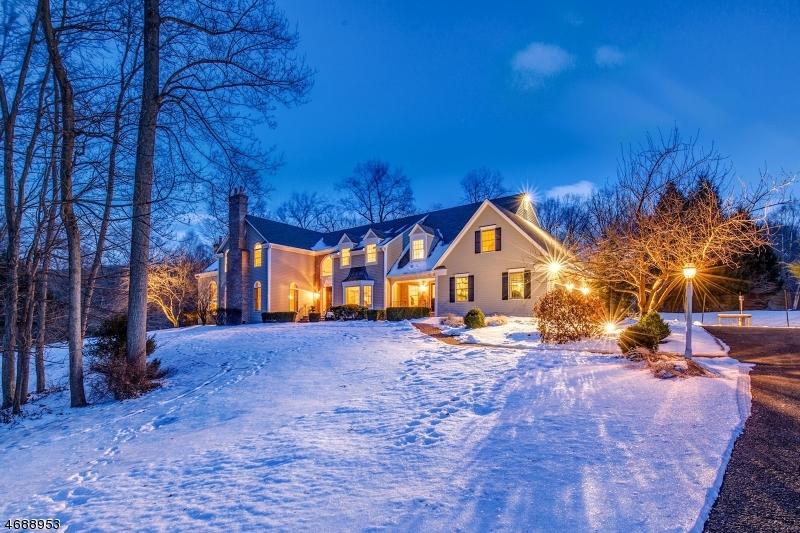 Casa Unifamiliar por un Venta en 164 Fox Chase Road Chester, Nueva Jersey 07930 Estados Unidos