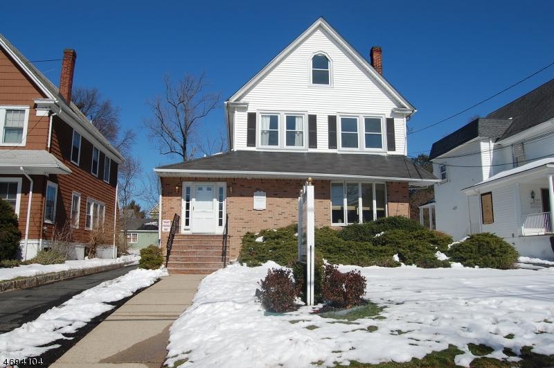 Частный односемейный дом для того Аренда на 519 Westfield Avenue Westfield, Нью-Джерси 07090 Соединенные Штаты