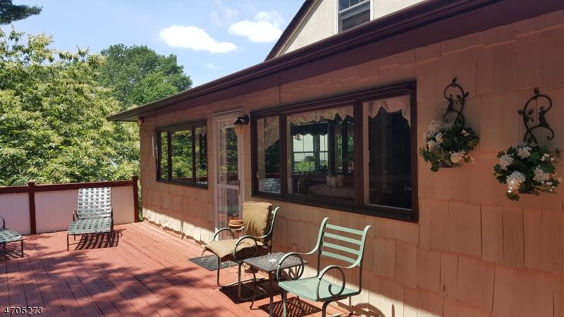 Flerfamiljshus för Försäljning vid 157 Main Street Lebanon, New Jersey 08833 Usa