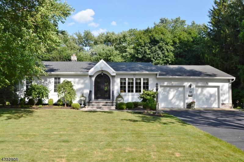 独户住宅 为 销售 在 14 Knollcroft Ter 东汉诺威, 07936 美国