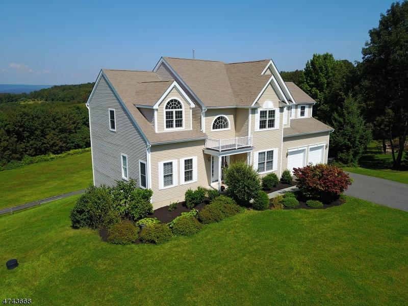 Casa Unifamiliar por un Venta en 9 Spyglass Hl Fredon, Nueva Jersey 07860 Estados Unidos