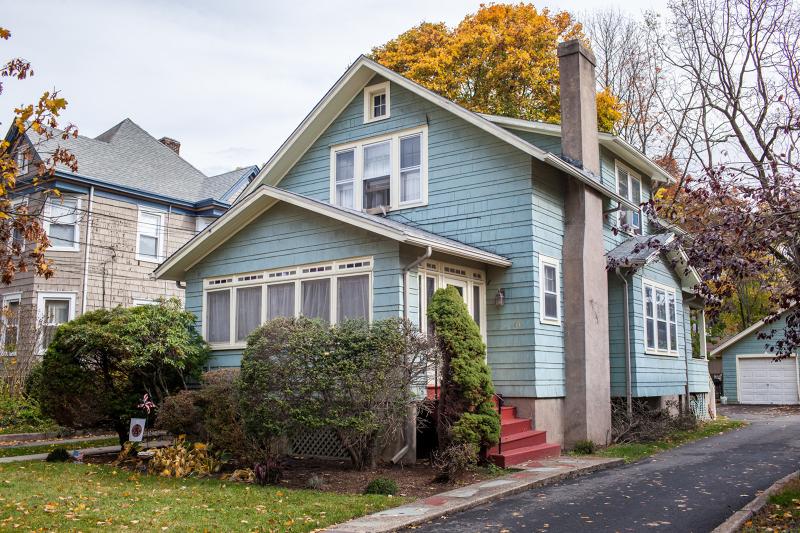独户住宅 为 出租 在 64 Park Avenue Caldwell, 新泽西州 07006 美国