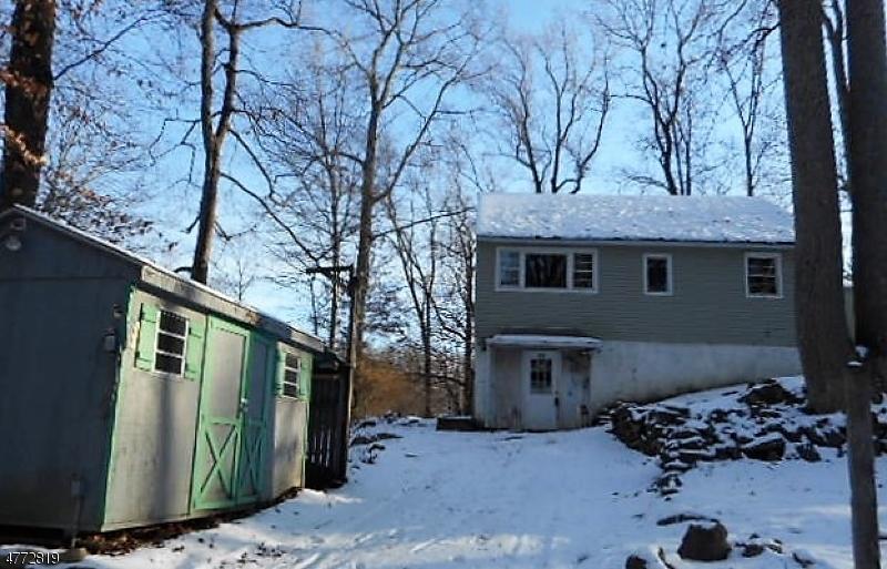 Частный односемейный дом для того Продажа на 922 Ridge Road Stillwater, Нью-Джерси 07860 Соединенные Штаты