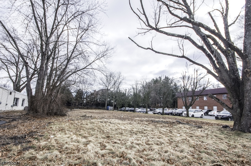 Land for Sale at 387 Ridgedale Avenue East Hanover, New Jersey 07936 United States