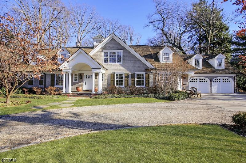 独户住宅 为 销售 在 5 Kimball Circle 韦斯特菲尔德, 新泽西州 07090 美国