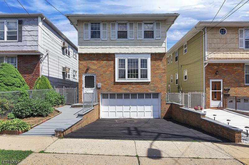 Maison unifamiliale pour l à louer à 498 Forest Street Kearny, New Jersey 07032 États-Unis