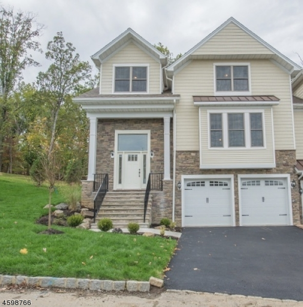 Single Family Home for Sale at 8 Summit Drive 8 Summit Drive Denville, New Jersey 07834 United States