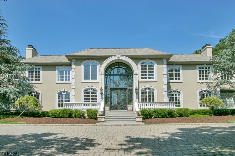 Частный односемейный дом для того Продажа на 27 BURNING HOLLOW Road Saddle River, Нью-Джерси 07458 Соединенные Штаты